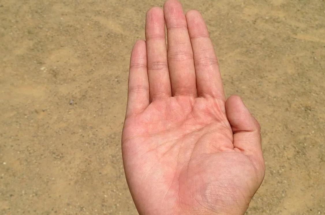 masážní ruka